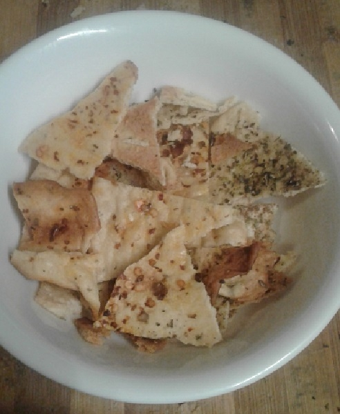 Crispy lavash crackers