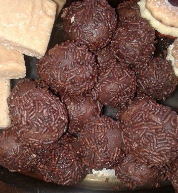 Vanilla Chocolate balls